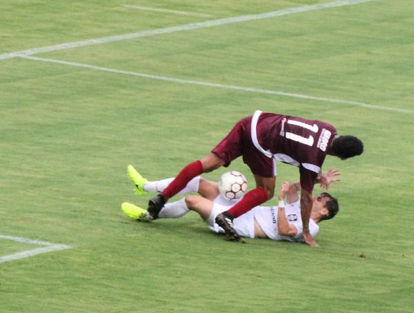 Não faltou vontade, faltou um pouco mais de futebol ao Ceilândia contra Santa Maria