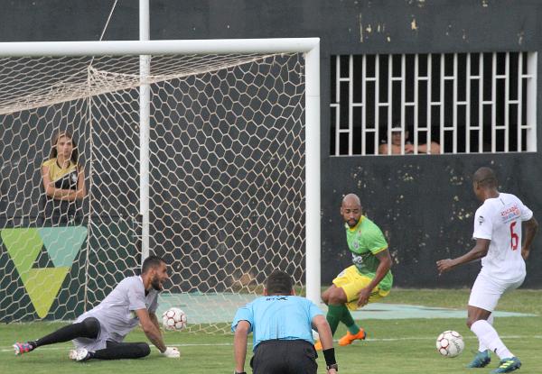 Apesar da goleada, Wendel teve participação importante em momentos decisivos do jogo