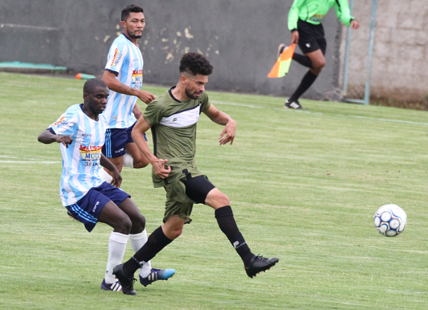 Gilmar Baiano é uma das novidades do Ceí na D-2018: muda a maneira do Gato Preto jogar