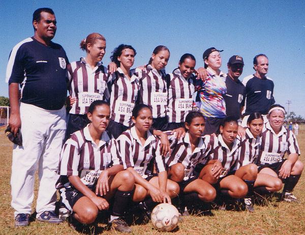 Gildeon foi técnico do time feminino do Ceilândia: um pioneiro, um lutador, um sonhador