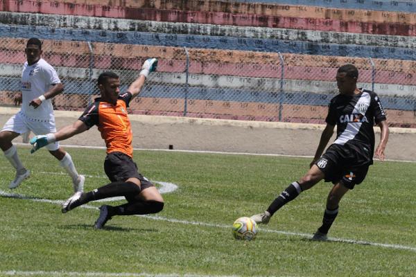 Matheus fez grandes defesas e foi um dos destaques positivos do Ceilândia na Copa São Paulo